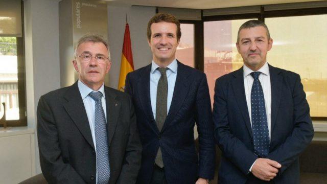Pablo Casado se compromete a apoyar las acciones de FEDE contra la discriminación